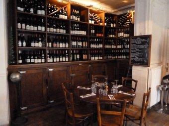 Repas entreprise dans un restaurant à la décoration d'époque restaurant groupe Paris 14