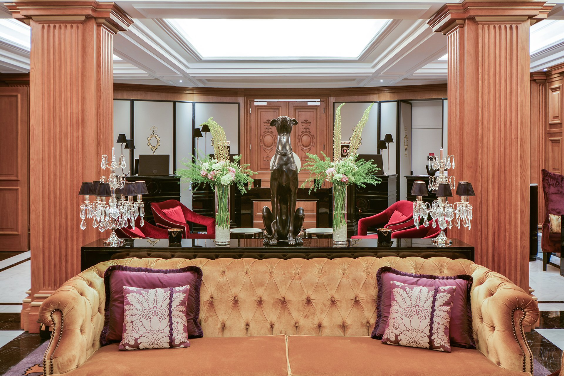 Maison Astor Paris, Curio Collection by Hilton****