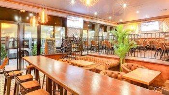Restaurant Rueil Malmaison Train Pub