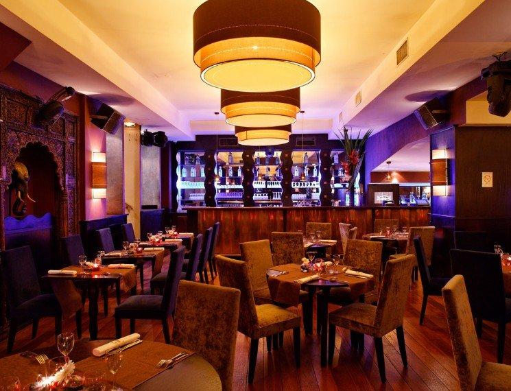 Repas entreprise dans une institution chic et branchée restaurant groupe Paris 9