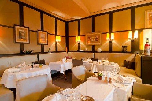 Repas d'entreprise dans un restaurant près d'Invalides restaurant groupe Paris 7