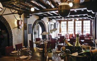 Adresse incontournable au cœur de la capitale restaurant groupe PARIS 3 75