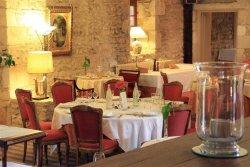 Restaurant Vouille The Originals Château de Perigny