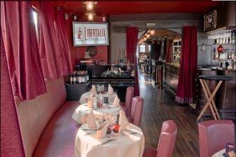 Bateau restaurant sur la Seine restaurant groupe IVRY SUR SEINE 94