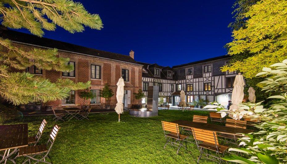 Hôtel La Licorne Lyons la Forêt Eure Offrir Cadeau Restaurant