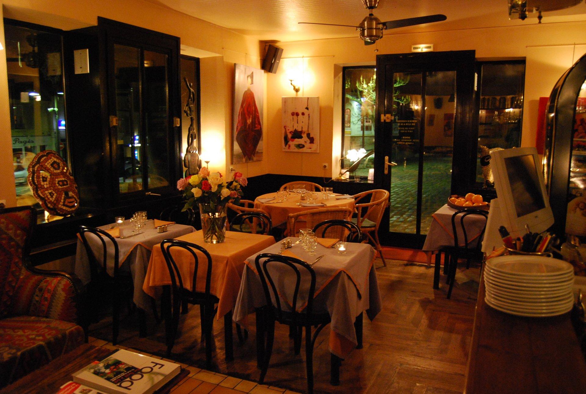Le canap gif sur yvette essonne offrir cadeau restaurant for Canape restaurant